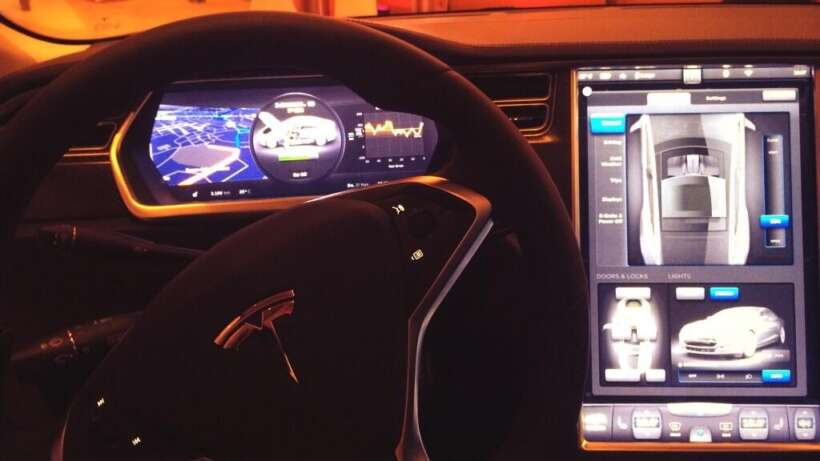 Citrix-Mobility-Tour_Tesla-Model-S-cockpit_Eventagentur_Frankfurt-1.jpg