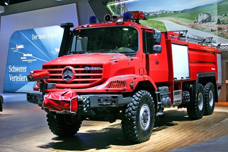 Daimler_IAA-Nutzfahrzeuge_Zetros-Loeschfahrzeug_729x486.jpg