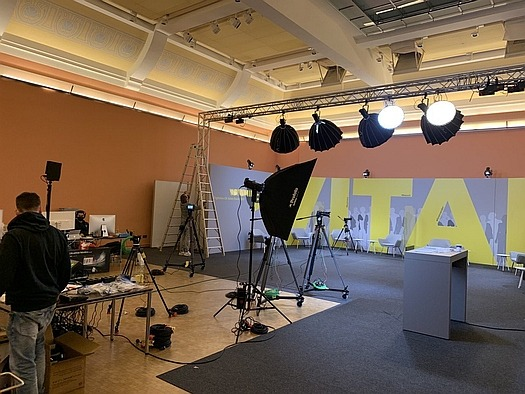 Live_Streaming_-_Mobile_Studio_-_Oldenburg_525x0.jpg